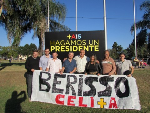 Celi particip� del plenario del Frente Renovador en San Mart�n. Los referentes de Berisso que viajaron hasta San Mart�n para ser part�cipes del plenario provincial del Frente Renovador.