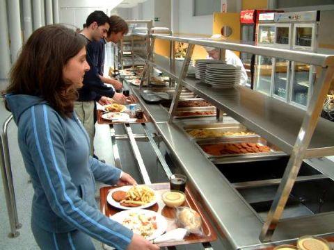 Renuevan el v nculo para financiar al comedor for Comedor universitario unlp