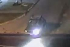 Un automovilista atropell� a dos hermanos que iban en bicicleta, mat� a uno de ellos y escap�.