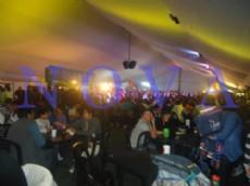 Las comidas y las danzas t�picas, fueron la oferta que como cada a�o, atrajo a miles de visitantes. (Foto: NOVA)