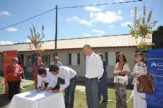Intendente Hern�n Y Zurieta acompa�ado por el Ministro de Infraestructura, Lic. Alejandro Arl�a.