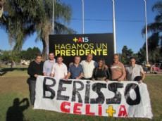 Los referentes de Berisso que viajaron hasta San Mart�n para ser part�cipes del plenario provincial del Frente Renovador.