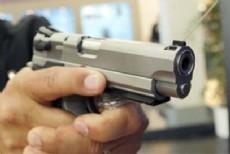 Un empleado de una carnicer�a  fue sorprendido cuando sal�a del local para ir al banco por delincuentes que, a punta de pistola, le arrebataron la mochila.