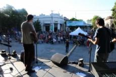Distintas bandas locales participaron del festival Ciudad Alterna.