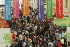 Miles de j�venes pueden acceder a toda la informaci�n sobre las carreras que se dictan en las 17 facultades de la UNLP.