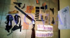 El operativo se llev� a cabo en una vivienda ubicada en calle 59 entre 122 y 123. All�, los efectivos incautaron varias armas de fuego. (Foto: NOVA)