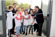 La obra tuvo una inversi�n total de $4.493.980,24 y fue realizada en el marco del Plan de Obras del Ministerio de Educaci�n de la Naci�n.