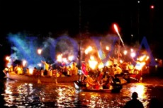 El Mal�n del Pirata se vivi� desde agua y tierra; una tradici�n que convoca a distintas generaciones desde hace 65 a�os. (Foto: NOVA).