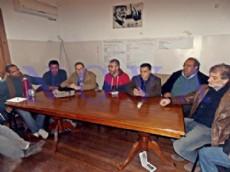 De la reuni�n participaron dirigentes de la CTA, ATE, SUTEBA, trabajadores rurales de ASOMA, militantes de la CCC y el diputado provincial por el Frente Amplio UNEN, Juan Cocino. (Foto: NOVA).