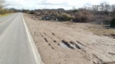 Se contempla abordar el proyecto de Comunicaci�n del bloque del Frente Renovador en el cual se solicita al Ejecutivo el retiro de desechos depositados a la vera de la ruta provincial 215 y Arist�bulo del Valle.