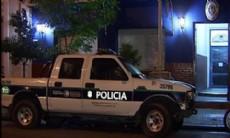 Pasadas las 18 horas de este lunes, la tranquilidad de la localidad de Melchor Romero se vio alterada por un fuerte y violento tiroteo entre un efectivo de la polic�a y un delincuente. El hecho tuvo lugar en 515 y 169.