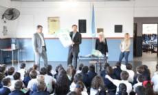 El intendente Bruera visit� establecimientos educativos.