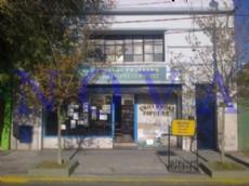 Biblioteca Popular Mariano Moreno, ubicada en calle 1 entre 528 y 529, del barrio Tolosa. (Foto: NOVA)