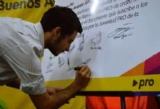 Agust�n Scotti es una de las nuevas caras de la pol�tica local. Con tan s�lo 24 a�os representa a la agrupaci�n J�venes PRO La Plata.