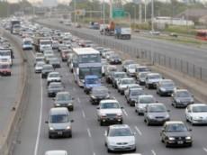 Reducen tarifa para transporte p�blico en la Autopista Buenos Aires - La Plata.