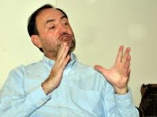 Everardo Murillo S�nchez, c�nsul General de Colombia en Buenos Aires, por cuarta vez suspendi� la visita.