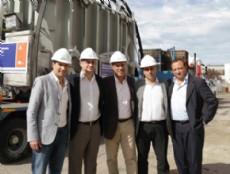 El secretario de Servicios P�blicos, Franco La Porta, y el gerente General de EDELAP, Julio Marconi, recorrieron una Estaci�n Transformadora de energ�a en el partido de La Plata.