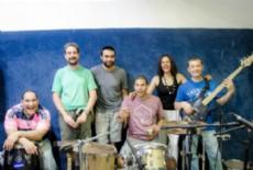 La banda est� compuesta por Celia Fonseca, Marcelo Uva, Mart�n Groh, Lucas Fonseca, Lautaro Ruiz D�az y Sebasti�n Moyano.