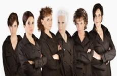 Las actrices Irene Bianchi, Alejandra Bignasco, Graciela Sautel, Maria Ines Portillo, Bettina Giorno y  la pianista Flor Zerillo se destacan en sus papeles.